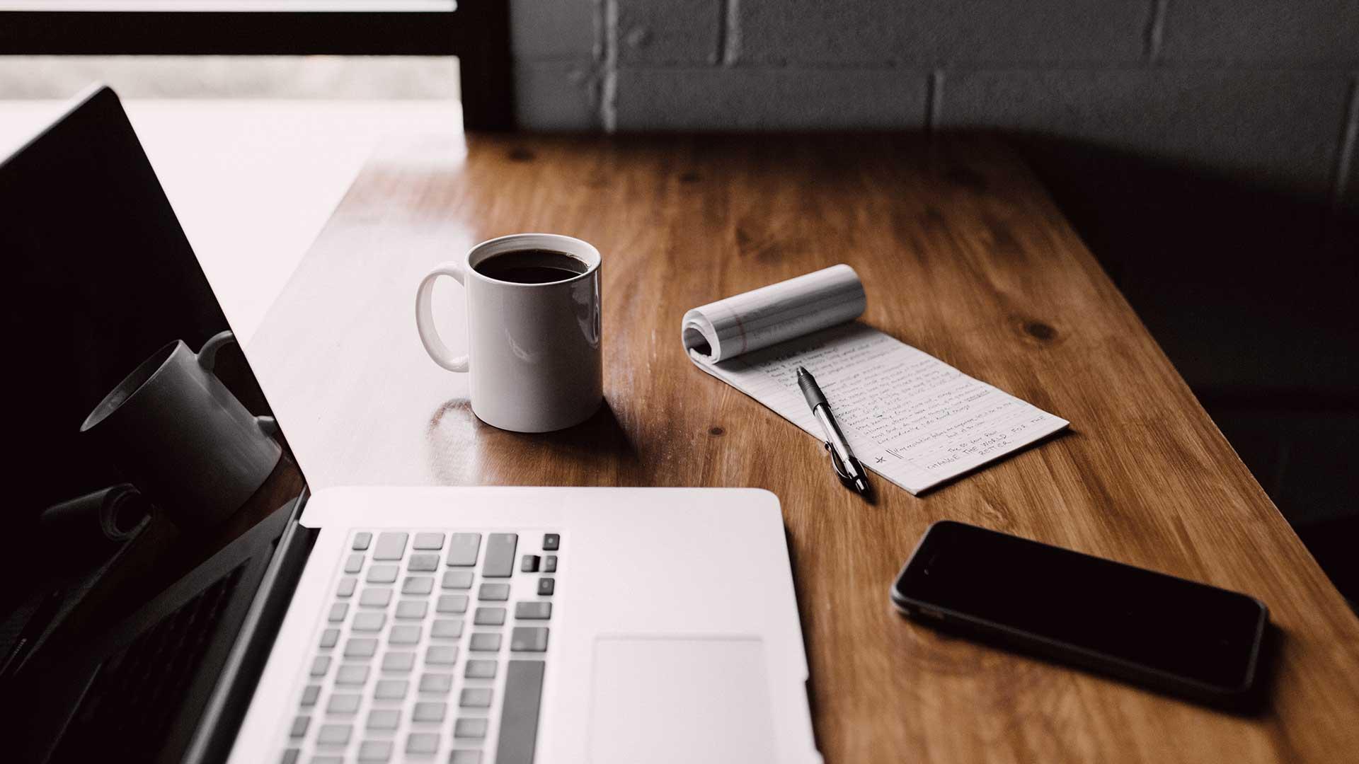 Gestire il piano editoriale per la tua non profit con pochi sforzi